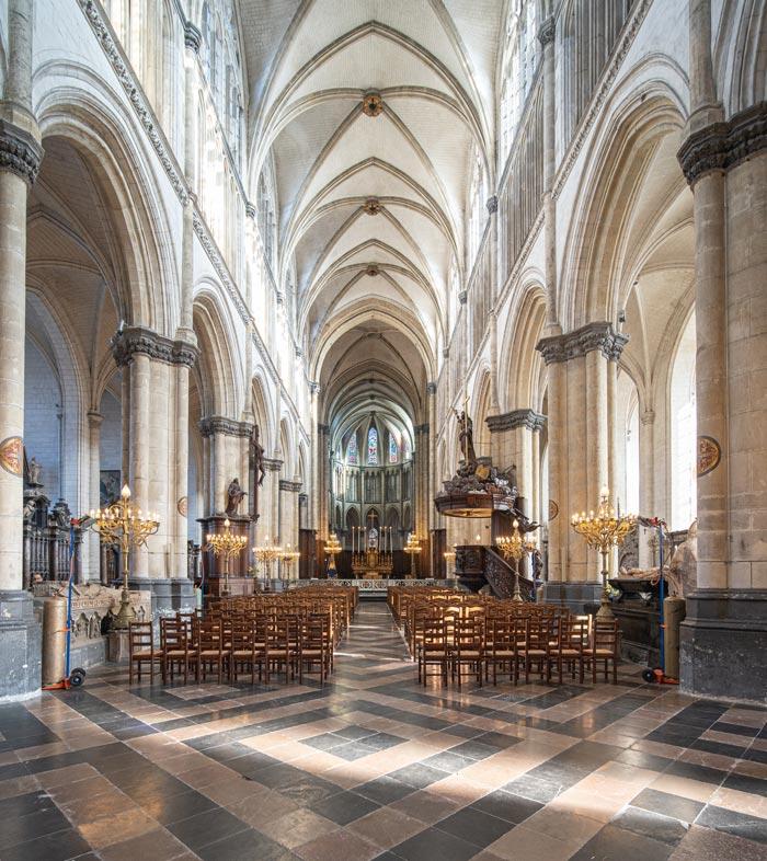 cathédrale notre dame intérieur saint Omer